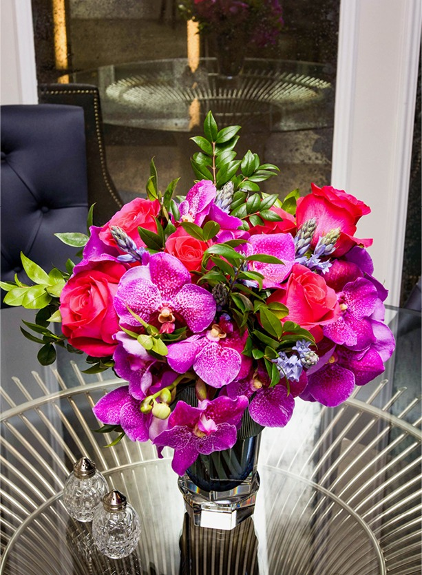 NB Flowers – Pink roses and orchid flowers on coffee table at Harrods