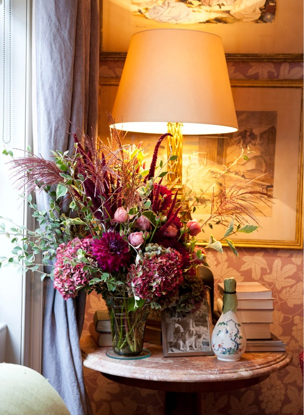 NB Flowers – Selection of pink and burgundy English garden flowers placed on coffee table