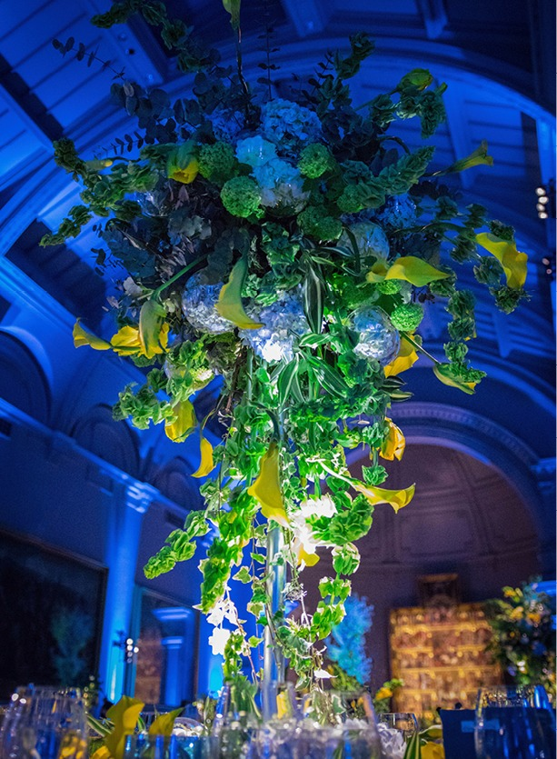 NB Flowers – Chihuly centrepiece