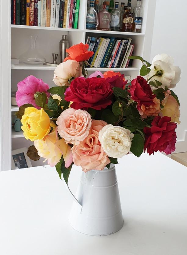 NB Flowers – English garden NB Roses