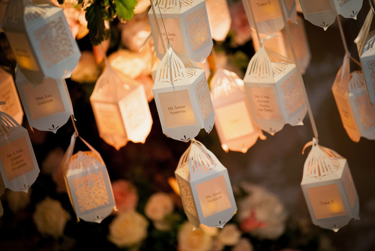 NB Flowers – Hanging tree lantern lights