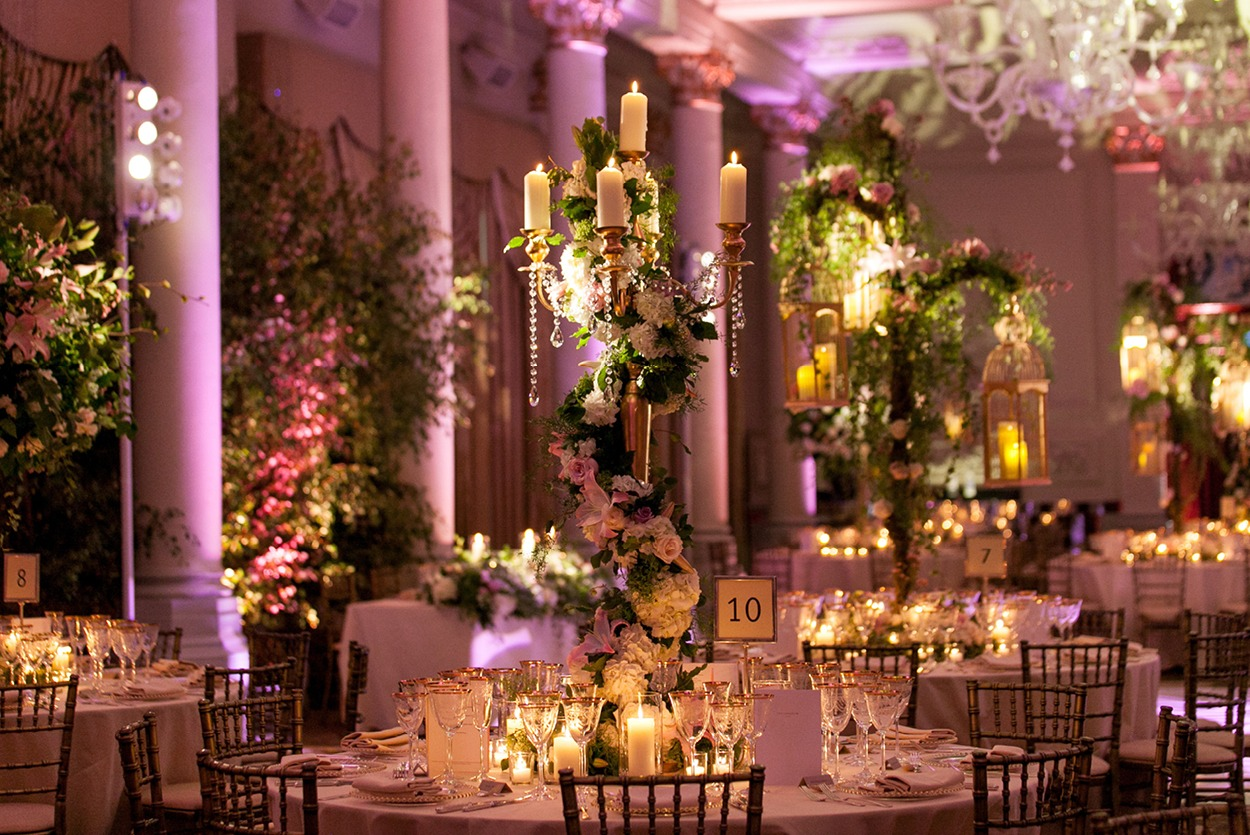 NB Flowers – Spiralling flowers on candelabra and hanging bird cages
